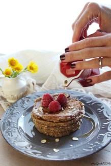 Pancakes-light-banana-avena-vegan-oat