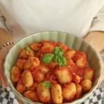 Gnocchi di ceci al pomodoro e basilico   Chickpea gnocchi {vegan recipe}