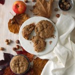 Crostatine di mele e frolla all'olio e nocciole | Mini hazelnut apple pies