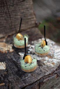 Cheesecake salata di ricotta e pesto al bicchiere