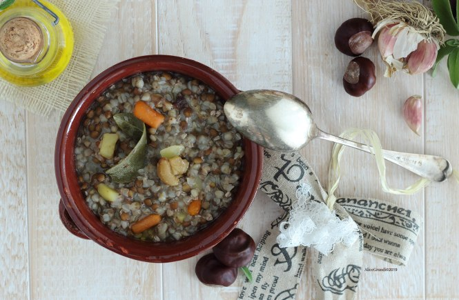 zuppa-lenticchie-castagne-vegan