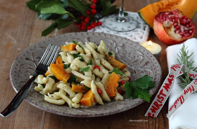primo-per-natale-spatzle-condimento-vegetarianoi