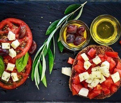 Pomodori Ripieni di Patate e Prosciutto cotto