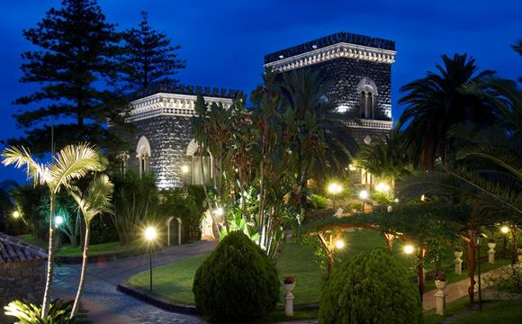 Castello Astoria Park  Ricevimenti e Banchetti Acireale