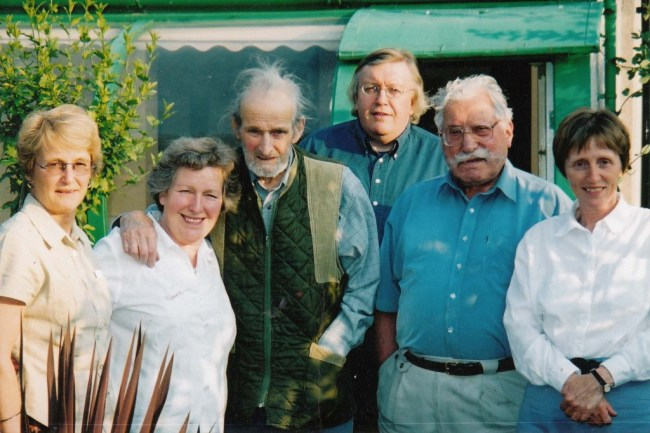 Present at a preliminary meeting to discuss the foundation of the International Brigade Memorial Trust. L to R: Pauline Fraser, Marlene Sidaway, David Marshall, Paul Preston, Sam Lesser and Angela Jackson. Photo by Richard Baxell