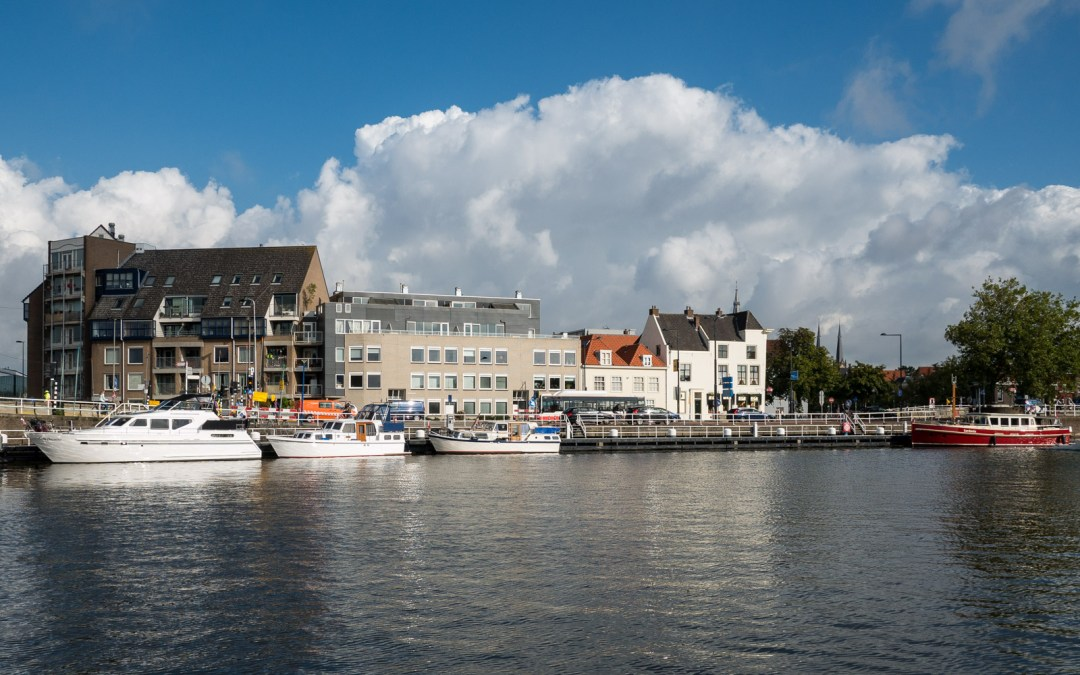 Foto vrijdag: wolken in De Kolk in Delft