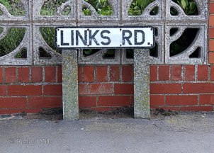 Links-Road