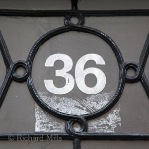 36 London 2014 223 esq © resize