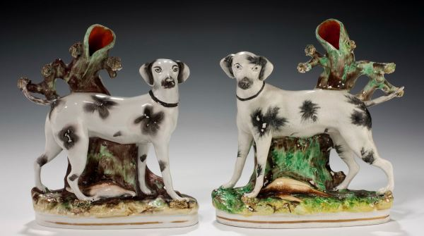 ANTIQUE STAFFORDSHIRE FIGURES OF FOXHOUNDS