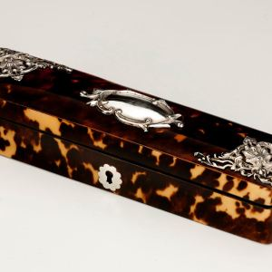 ANTIQUE TORTOISESHELL AND SILVER RING BOX