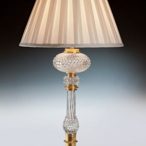 ANTIQUE F & C OSLER GLASS AND GILT TABLE LAMP