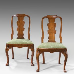 ANTIQUE PAIR OF GEORGE I WALNUT SIDE CHAIRS
