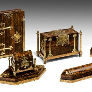 ANTIQUE 19TH CENTURY CALAMANDER DESK SET BY BETJEMANN'S