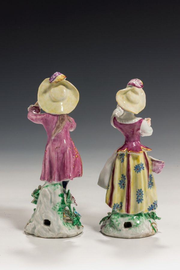 Bow-pair-figures-New-Dancers-antique-5350_1_5350