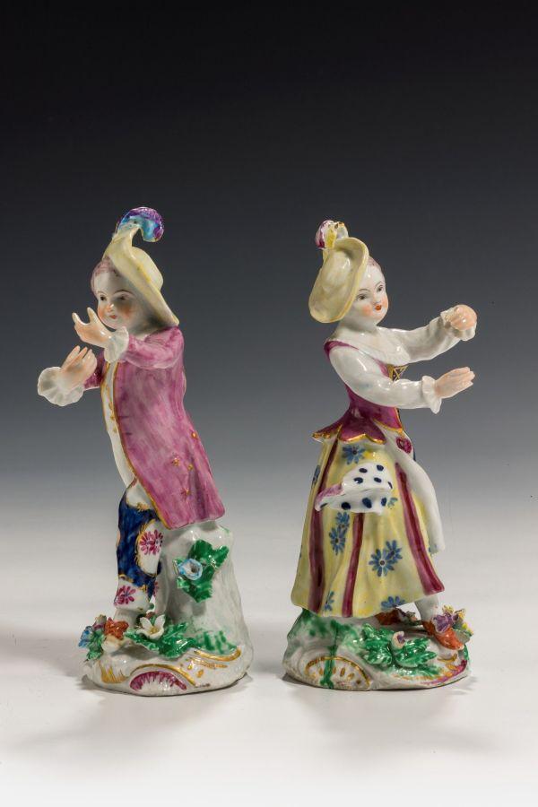 Bow-pair-figures-New-Dancers-antique-5350_1_5350