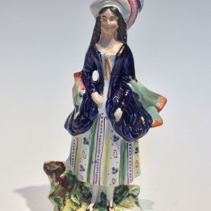 ANTIQUE STAFFORDSHIRE FIGURE OF A LADY