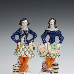 ANTIQUE PAIR OF STAFFORDSHIRE FIGURES OF DANCERS
