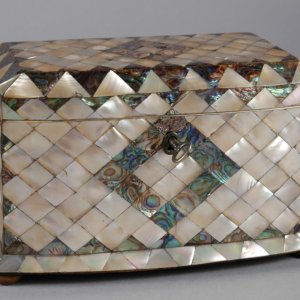 ANTIQUE MOTHER OF PEARL BOW FRONTED TEA CADDY