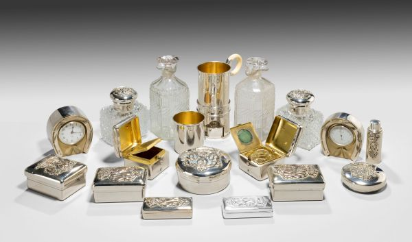 antique-dressing-travelling-case-Thornhill-silver-fittings-large-rare-Tient-Ferme-gentlemans-c (5)