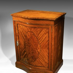 ANTIQUE EDWARDIAN SERPENTINE FRONTED SATINWOOD LIBRARY FOLIO CABINET