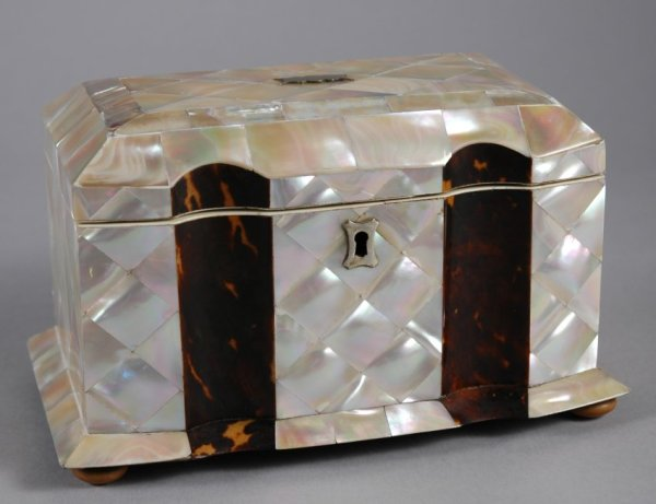 ANTIQUE MOTHER OF PEARL TEA CADDY