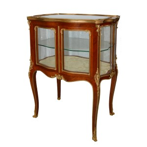 19TH CENTURY ROSEWOOD AND GILT BRONZE TABLE VITRINE