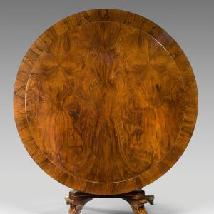 SUPERB ANTIQUE REGENCY ROSEWOOD AND PARCEL GILT CIRCULAR CENTRE TABLE