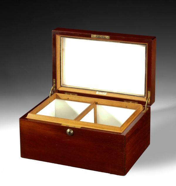 ANTIQUE DUNHILL CIGAR BOX