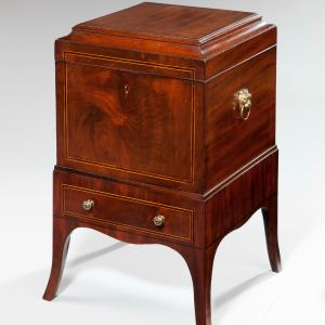 ANTIQUE MAHOGANY DECANTER BOX ON STAND