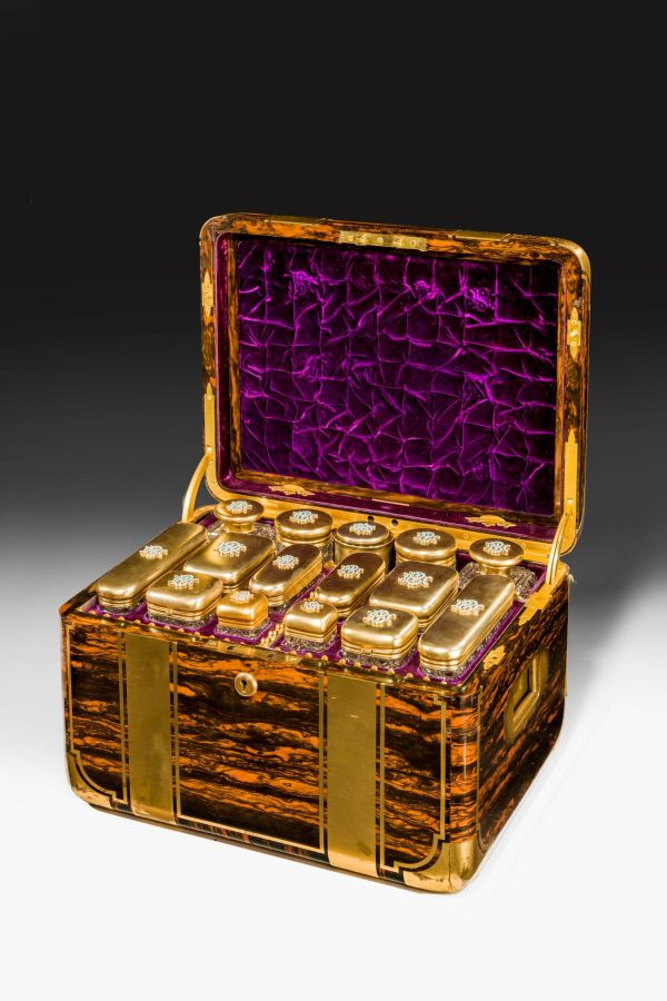 FANTASTIC COROMANDEL LADIES DRESSING CASE BY JENNER AND KNEWSTUB