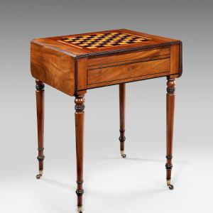 ANTIQUE REGENCY PEMBROKE GAMES CHESS/BACKGAMMON TABLE