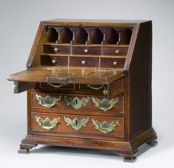 miniature-oak-bureau-18th-century-antique-1744_1_1744