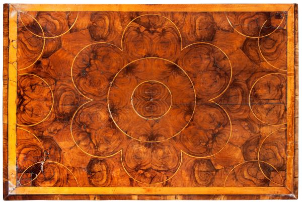 oyster-chest-of-drawers-laburnum-antique-William-Mary-4266_1_4266