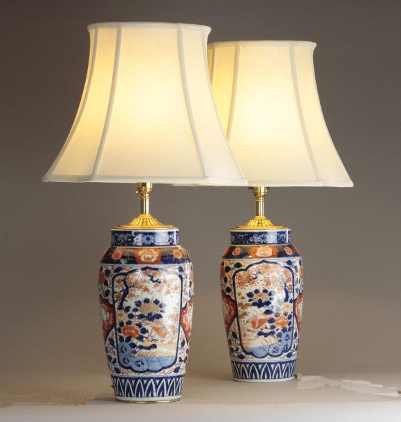 ANTIQUE PAIR JAPANESE IMARI VASES AS TABLE LAMPS
