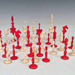 ANTIQUE EARLY 19TH CENTURY SELENUS CHESS SET