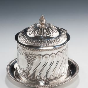 ANTIQUE SILVER BISCUIT BARREL WITH LID
