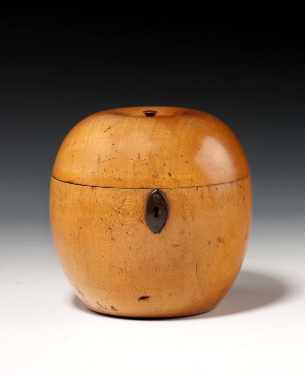 FINE ANTIQUE LARGE APPLE TEA CADDY
