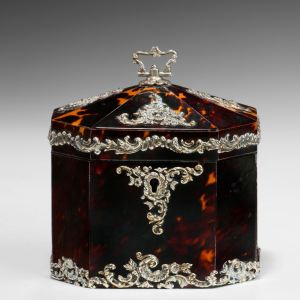 ANTIQUE OCTAGONAL TORTOISESHELL AND SILVER TEA CADDY
