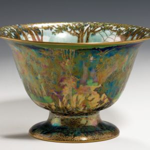 ANTIQUE WEDGWOOD FAIRYLAND LUSTRE CENTRE BOWL