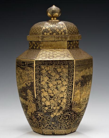 Komai-vase-hexagonal-Nihon-Koku-Kyoto-Ju-Komai-sei-antique-meiji-2558_1_2558