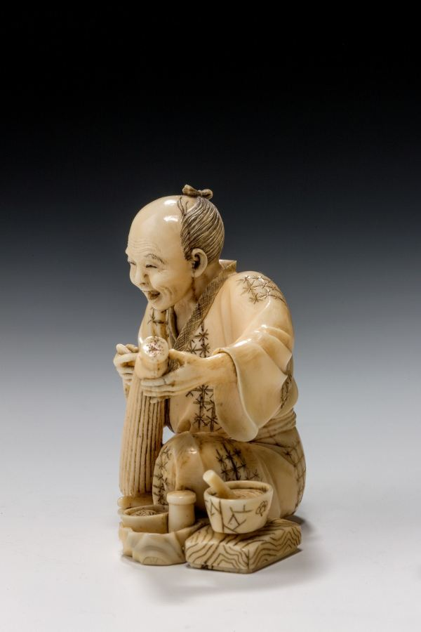 ivory-okimono-Japanese-parasol-maker-antique-meiji-5025_1_5025