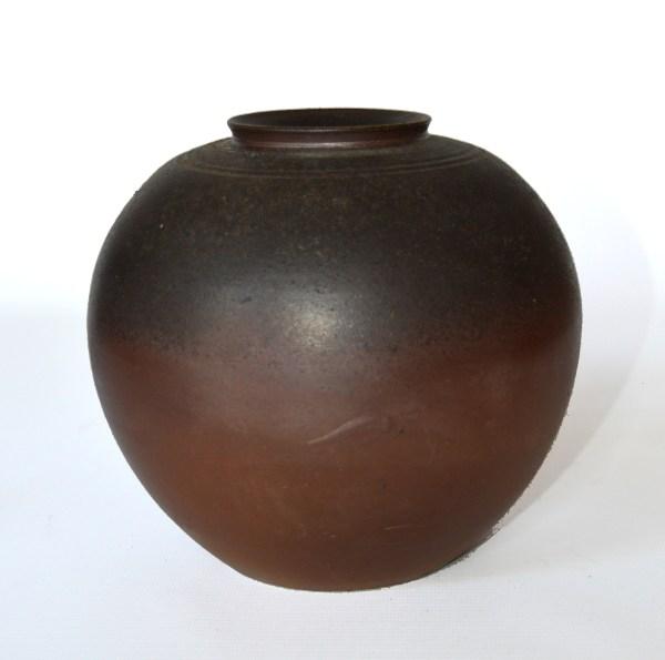 japanese-bizen-studio-pottery-tsubo-
