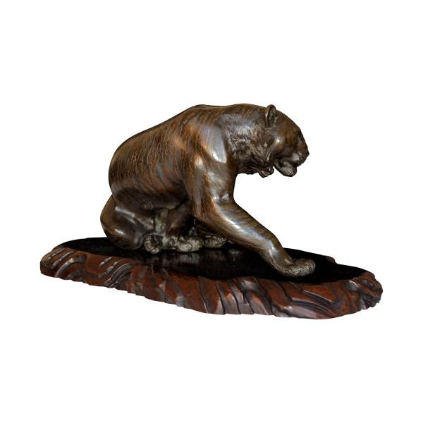 japanese-bronze-seated-tiger-seiya-antique-2
