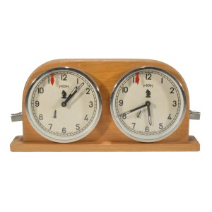 VINTAGE HUNGARIAN WOODEN CHESS CLOCK