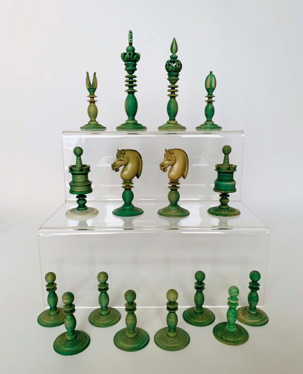 antique-chess-set-ivory-green-natural-stamped-william-lund-IMG_2908