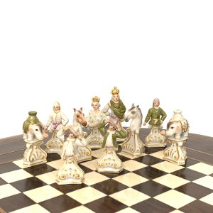 GERMAN MEISSEN PORCELAIN BUST TYPE CHESS SET