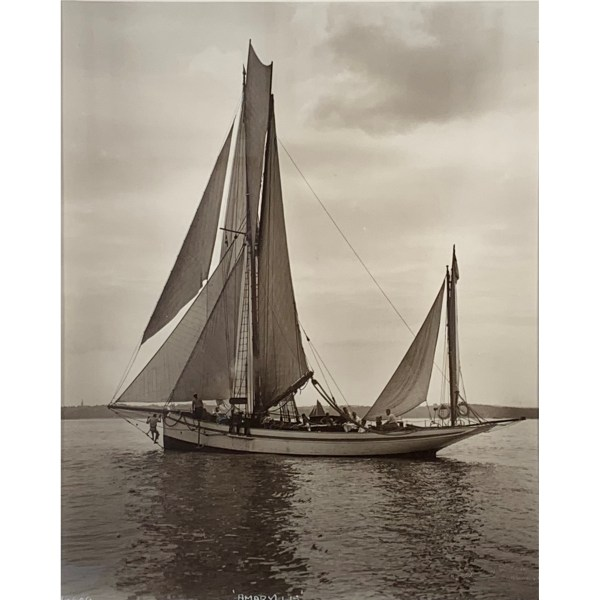 FIND BEKEN OF COWES PHOTOGRAPHS FOR SALE IN UK