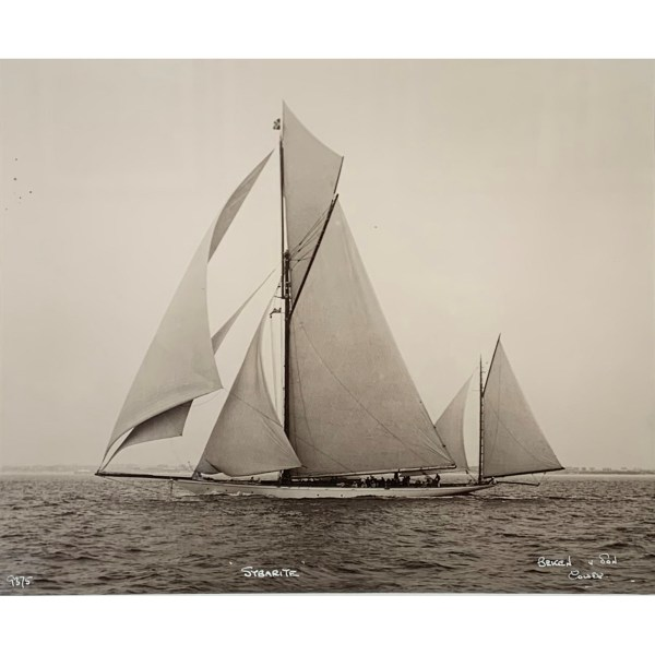 FIND YACHT PHOTOGRAPHS FOR SALE IN UK IN EMSWORTH GALLERY