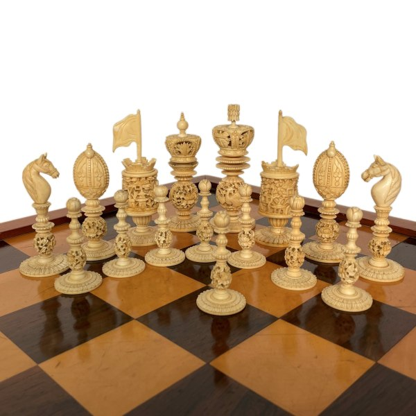 antique-chess-set-carved-ivory-burmese-club-size-IMG_6515a