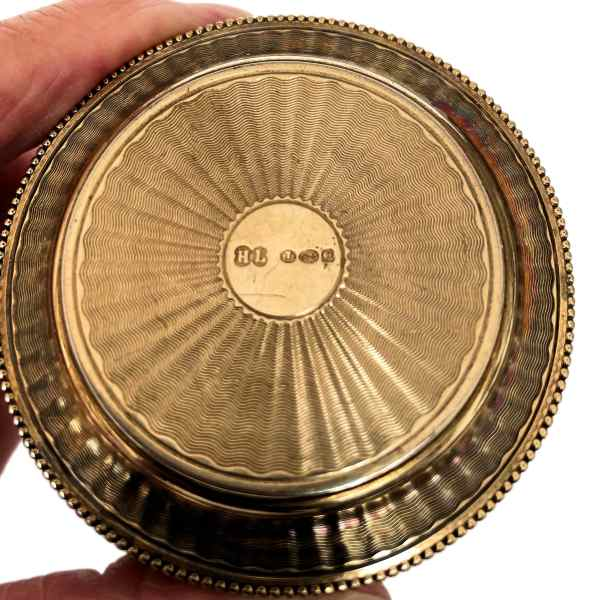 antique-silver-gilt-engine-turned-pill-box-IMG_6845a